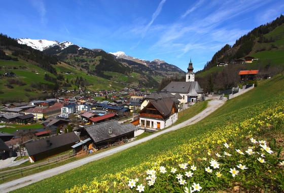 grossarltal town view