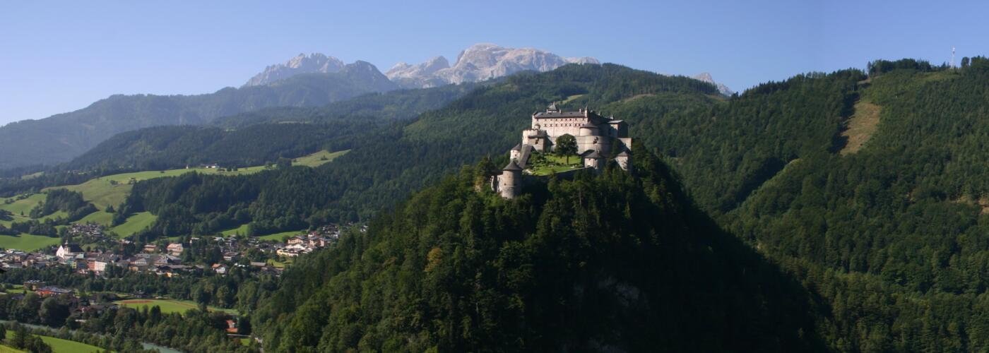 werfen castle and town